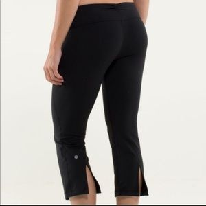 Lululemon Crop Pant with Color Waistband